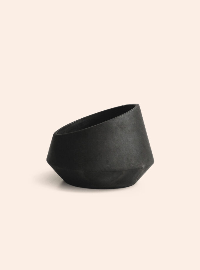 Alguidar-M-black-pottery-by-Bisarro-Shop-DAM
